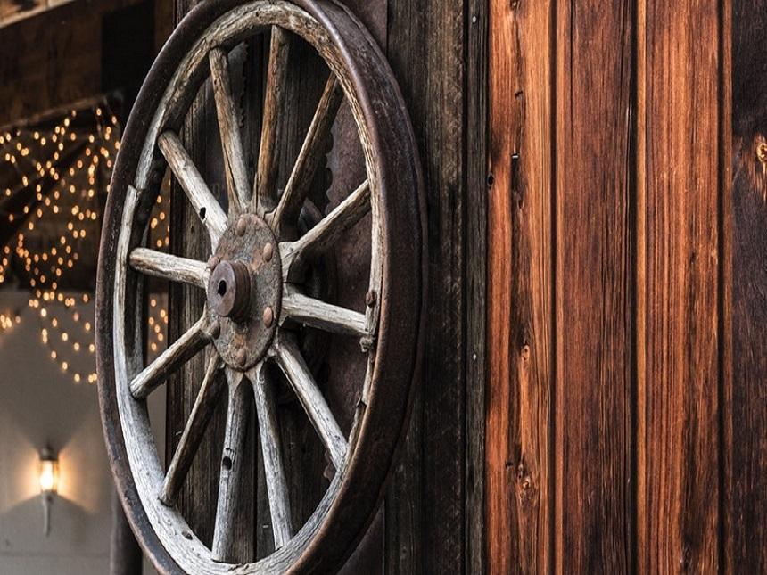 wagon barn wheel